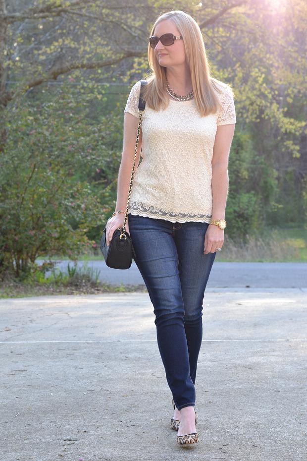 Trendy Wednesday #18: Ivory Lace Tee & Rocksbox