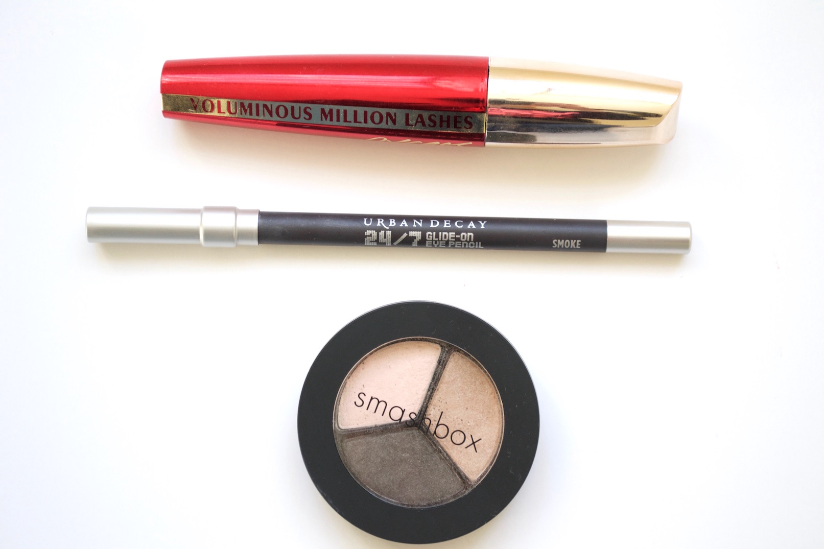 whats in my makeup bag 4