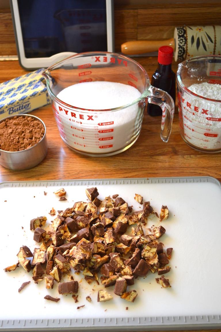 Snickers Fudge Brownies 2