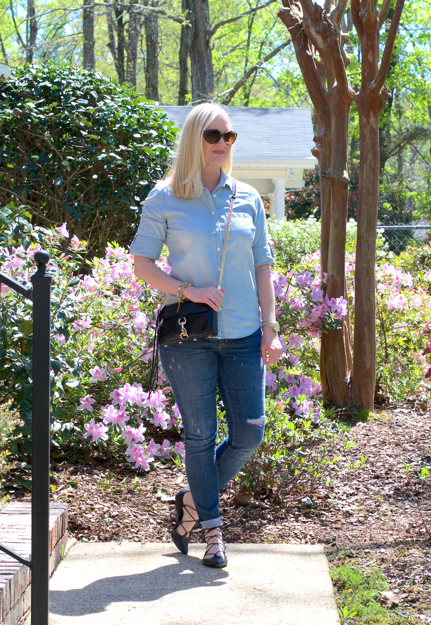 Chambray & Distressed Denim (Trendy Wednesday Link-up #67)