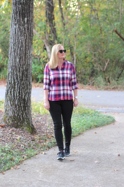 Afternoon Walk With Famous Footwear (Trendy Wednesday #96)