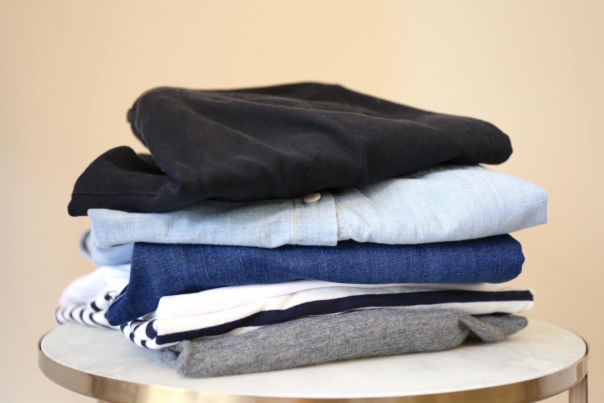 10 x 10 capsule wardrobe challenge clothes stack