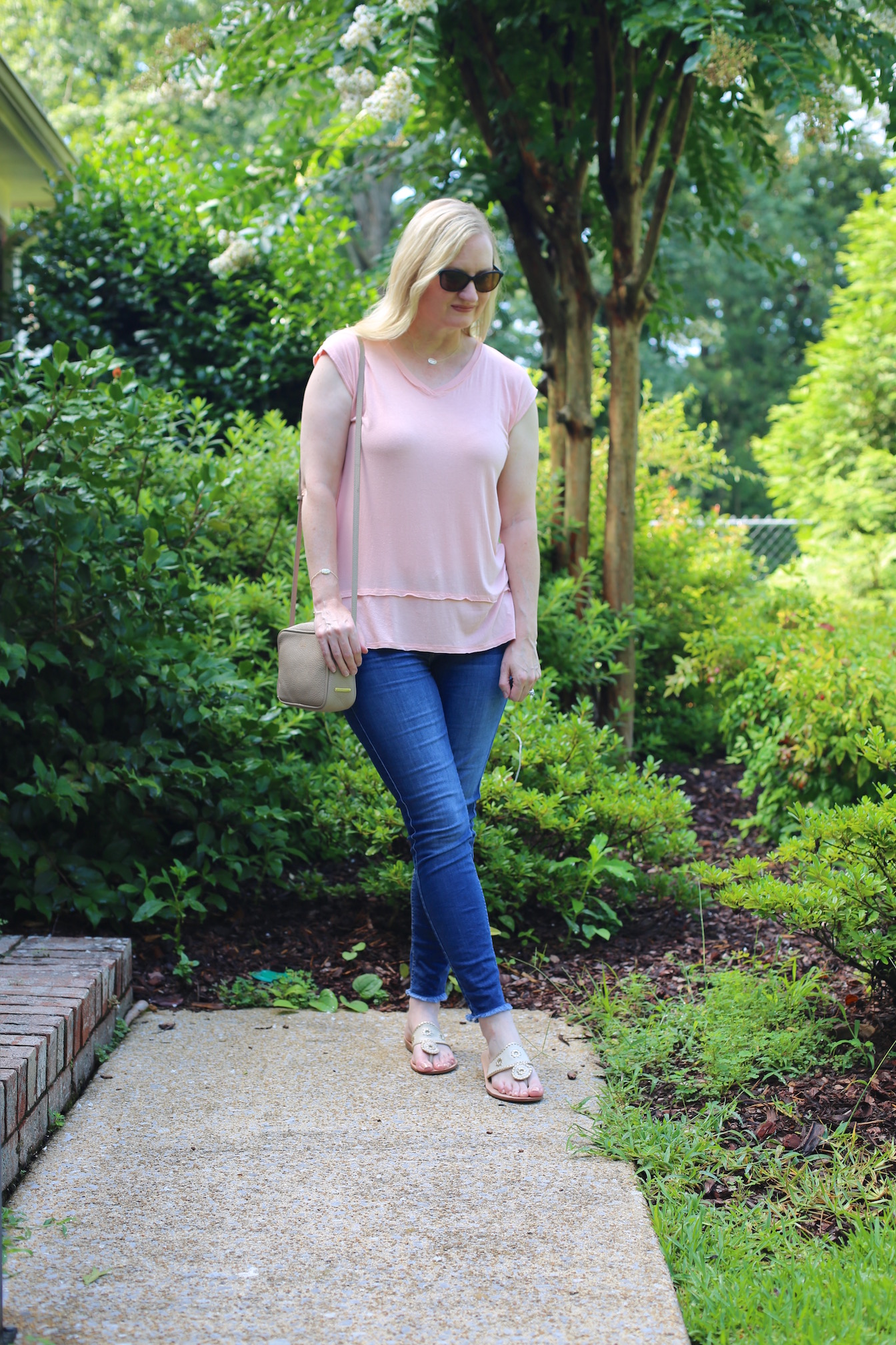 Peach Top and Frayed Hem Jeans 1