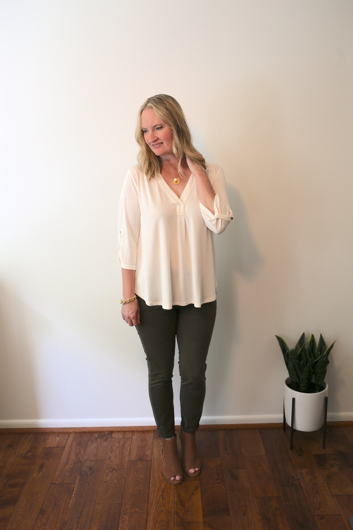A Fall 10x10 Challenge Outfit and Initial Necklace b