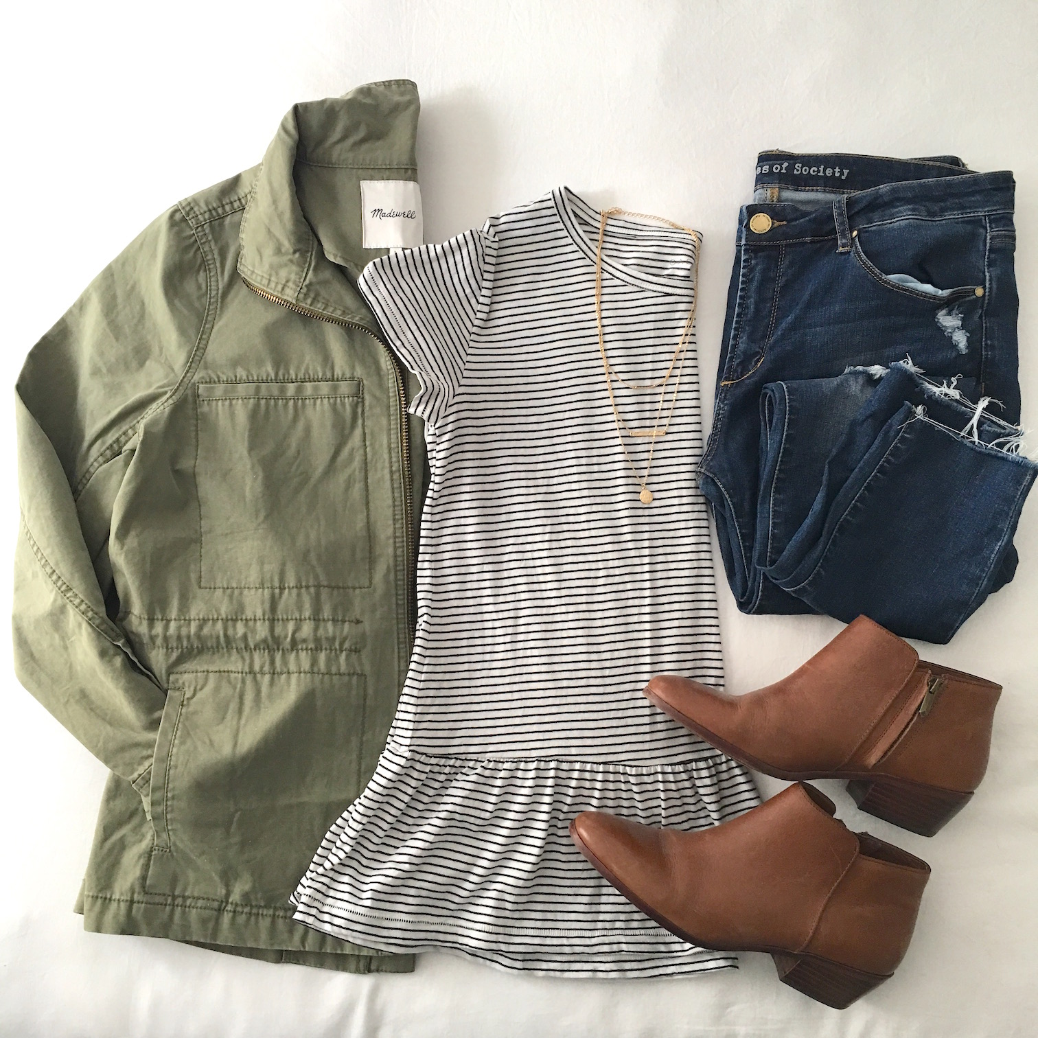 Outfit Flatlay - military inspired