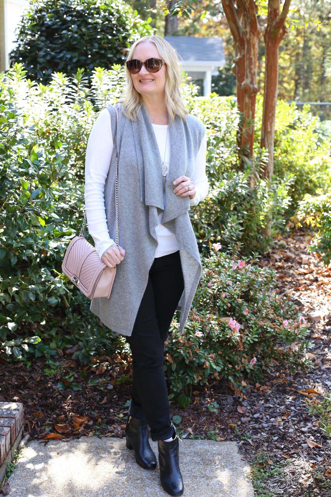 Neutrals With a Pop of Pink