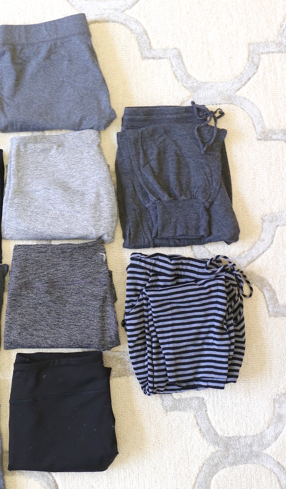 How To Create a Loungewear Capsule Wardrobe