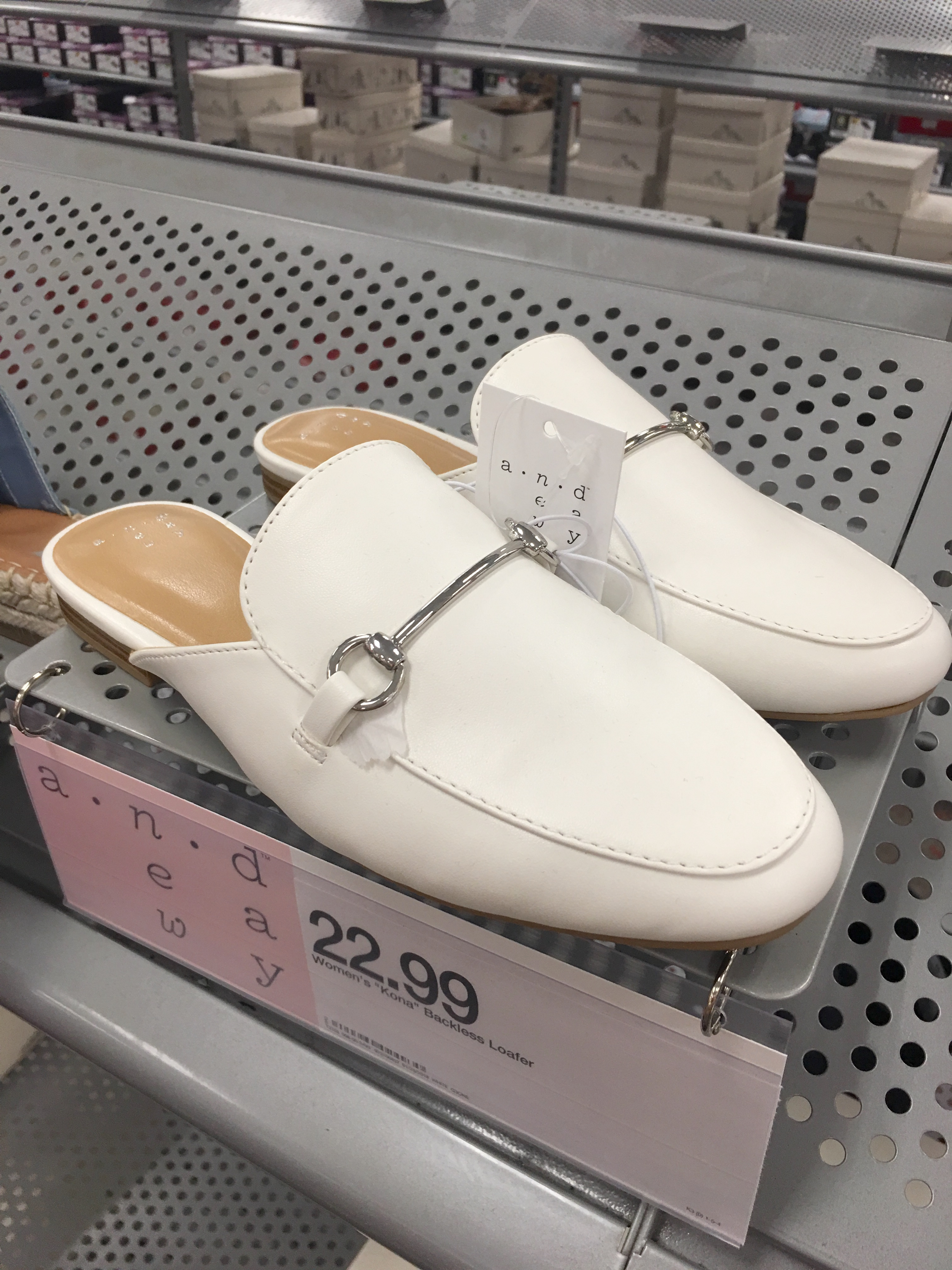 Target Universal Thread Review and Try-Ons White Mules