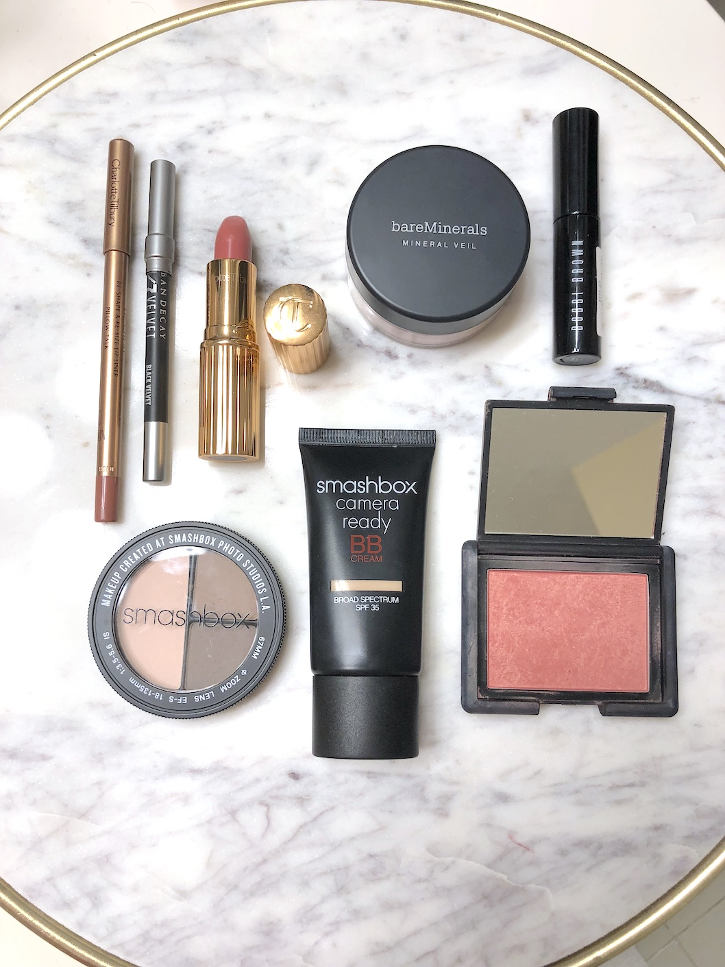 Whats In My Makeup Bag - Foundation, Eyeshadow, Blush, Lipcolor