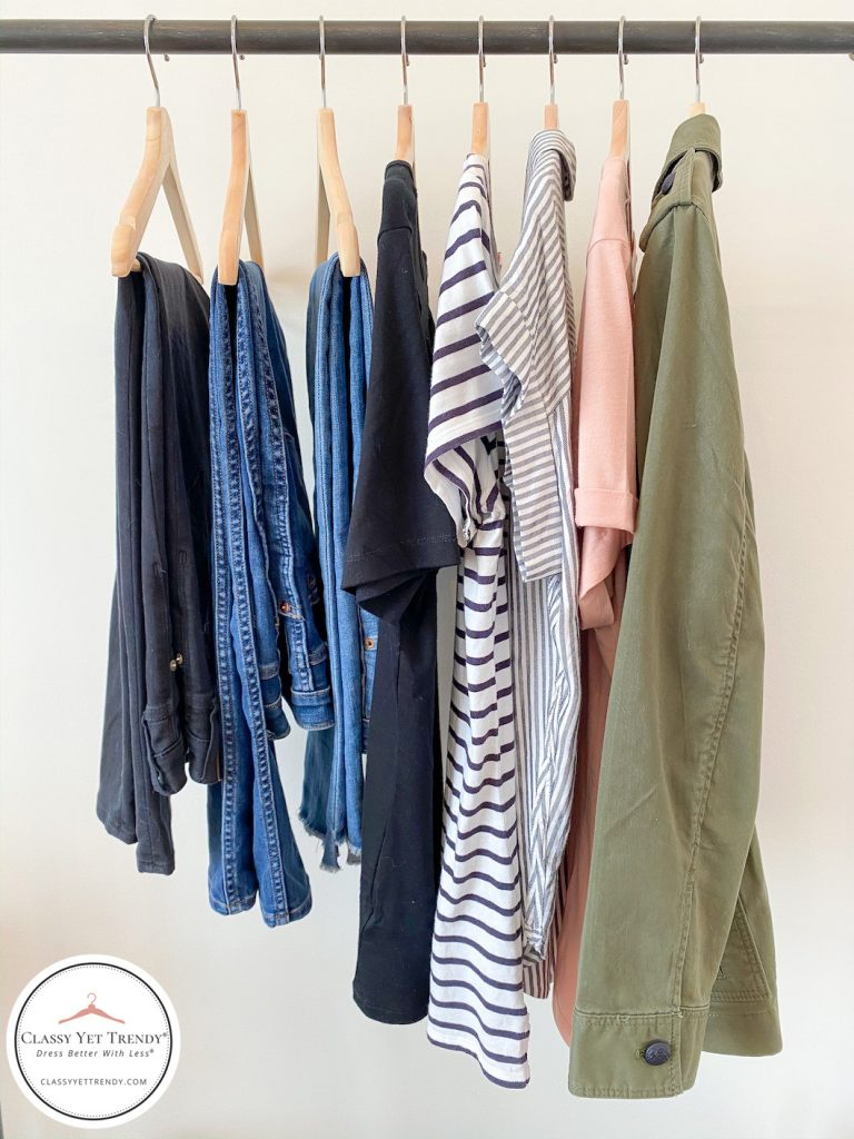 5-DAY-TRAVEL-CAPSULE-WARDROBE-CLOTHES