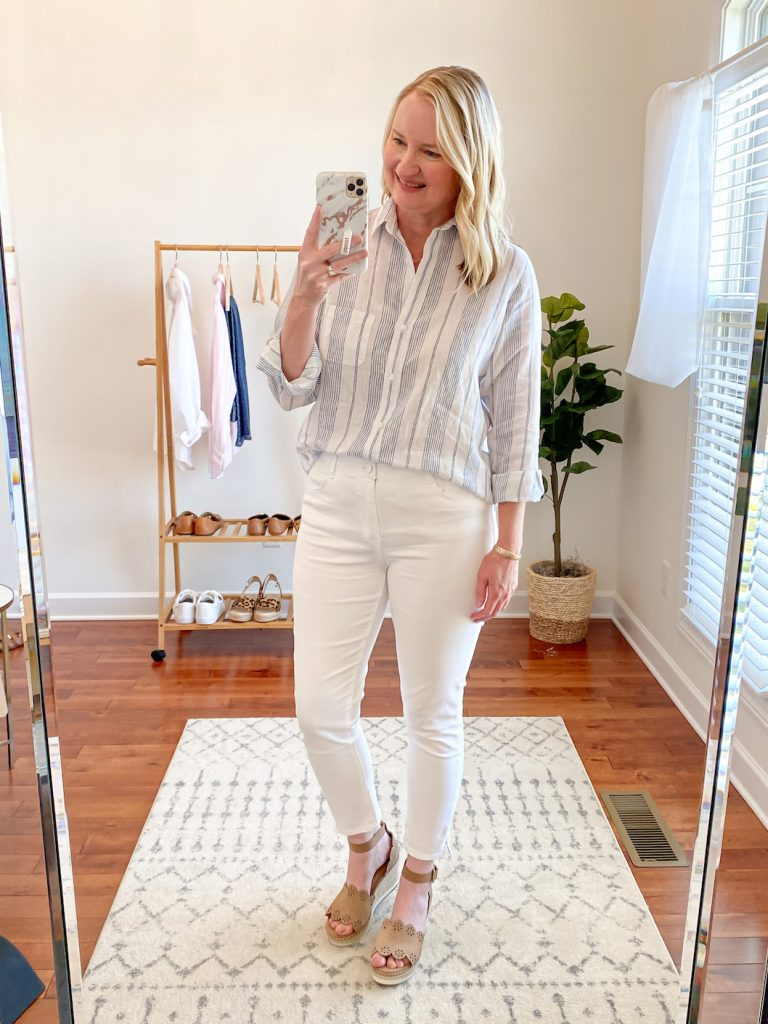 Grayson Shirts Try-On Review - Kristin blue stripe linen full