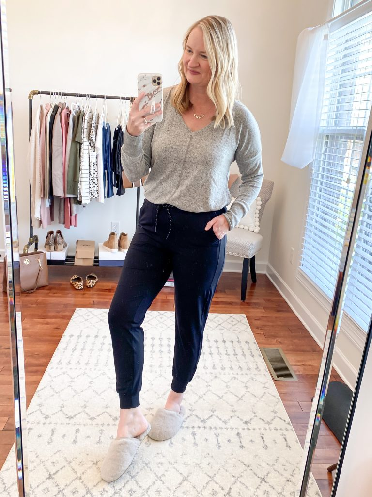 Nordstrom Anniversary Sale 2020 Try-On Round 1 - Gibson cozy tunic Zella Jogger Pants UGG slippers