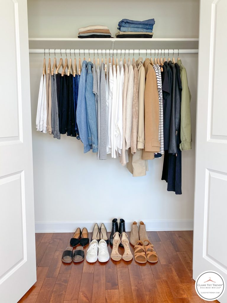 Simplified Style 2020 - closet