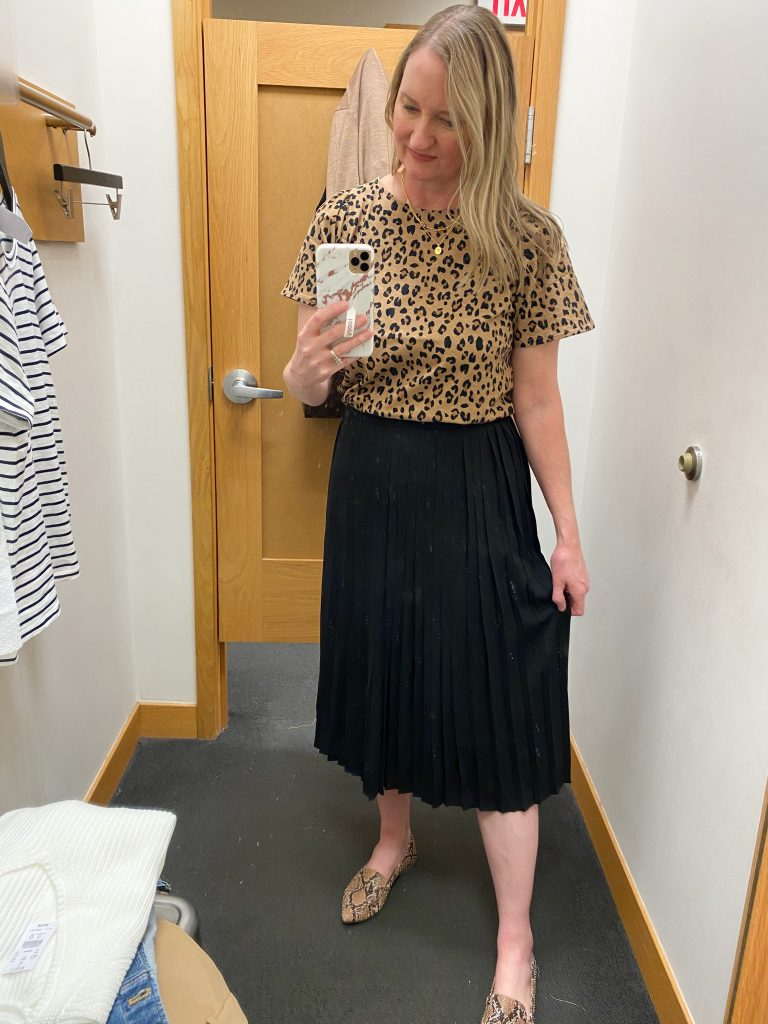 Try-On Session February 2021 - J Crew Factory leopard tee pleated skirt