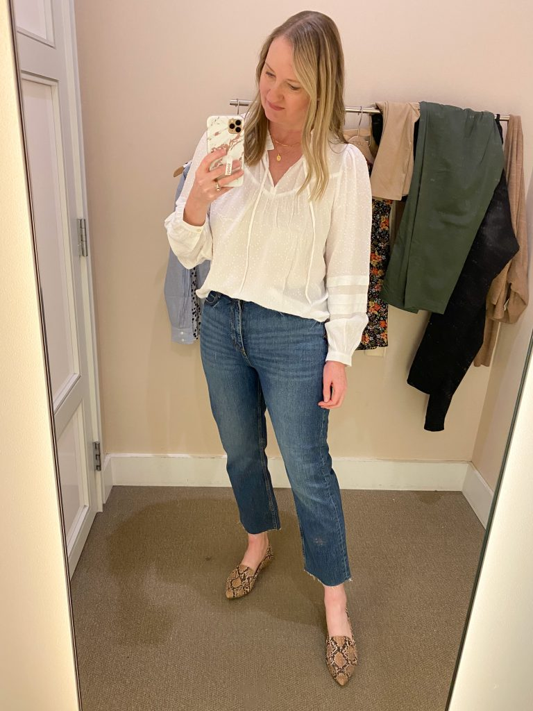Try-On Session February 2021 - Loft white blouse straight jeans