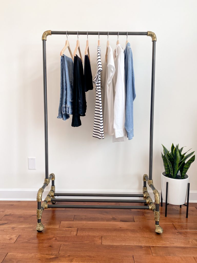 How To Start A Capsule Wardrobe For Beginners 4 Steps - bottoms