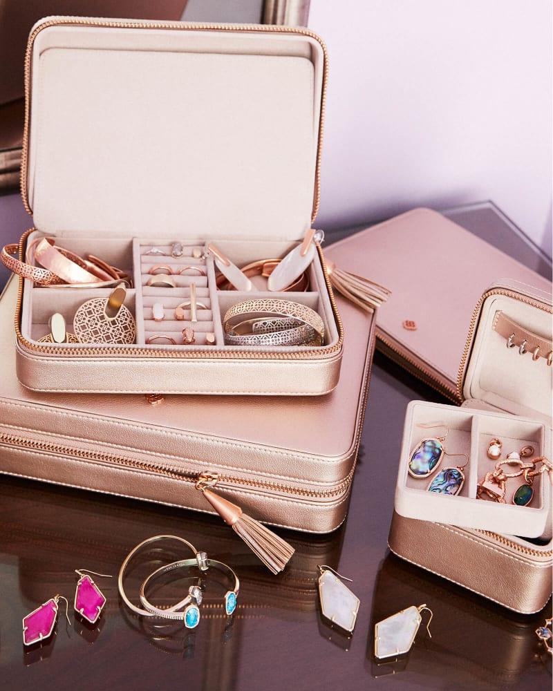 Kendra-scott-medium-zip-jewelry-case-03-lg