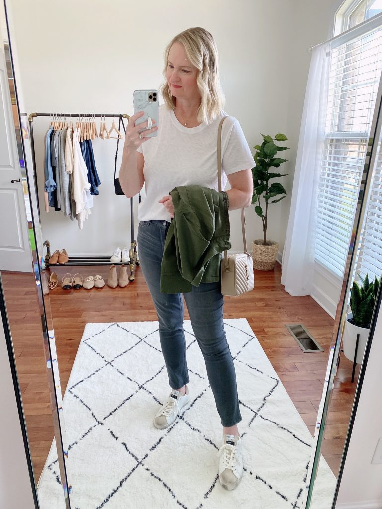 10-PIECE TRAVEL CAPSULE WARDROBE - WHAT I WORE DAY 1