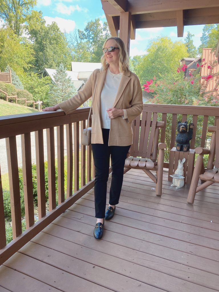 10-PIECE TRAVEL CAPSULE WARDROBE - WHAT I WORE DAY 3